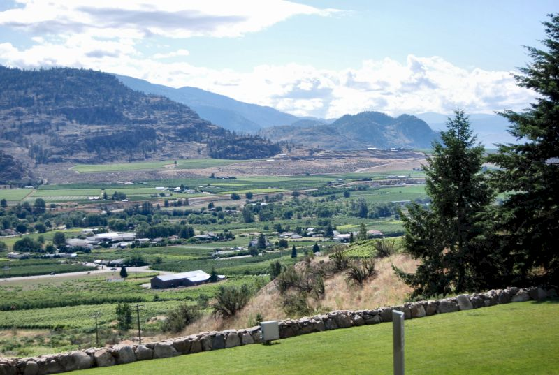 the tinhorn creek winery Sandra oldfield is the winemaker, president and ceo at tinhorn creek  vineyards located in oliver, british columbia oldfield studied business.